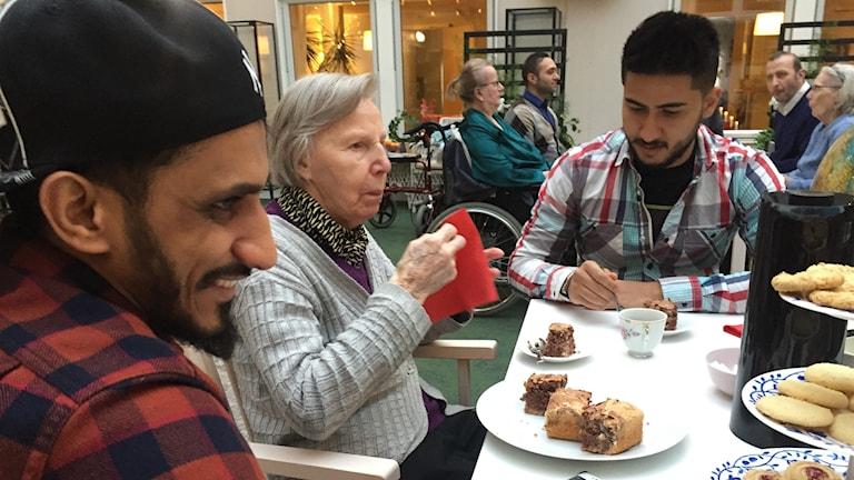 Mafass, Karin och Aziz.