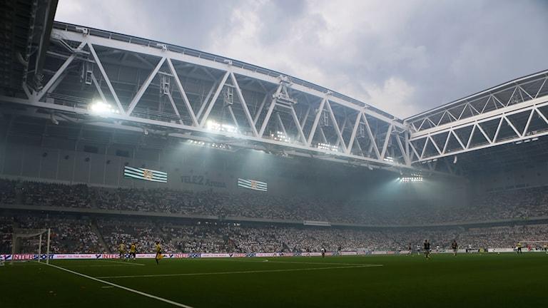 Hammarbys klack inför derby i somras.
