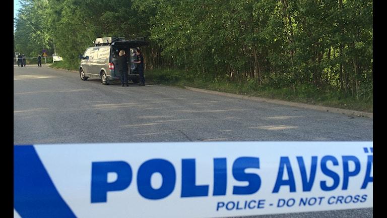 Polisen utreder en detonation i Norsborg.