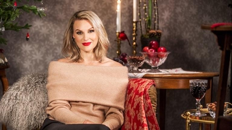 Sanna Nielsen blir årets julvärd iSVT