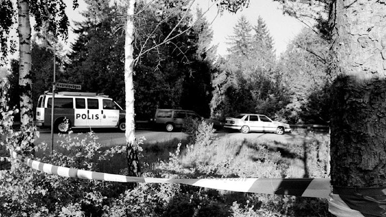 Polisen i Hovsjö efter pojkmord.
