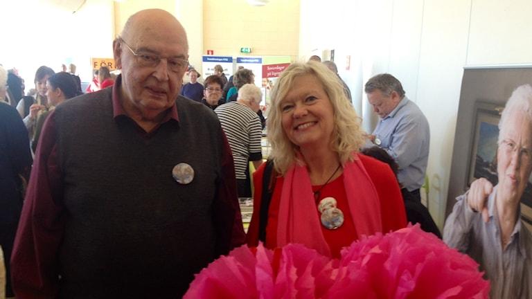 Lennart Erikson tillsammans med Carina Byhlin, äldrekonsulent.