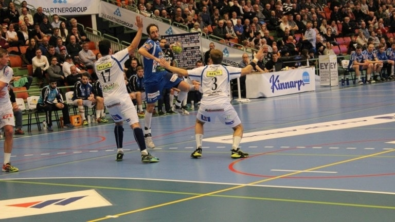 Kristian Svensson gör mål på RIK.