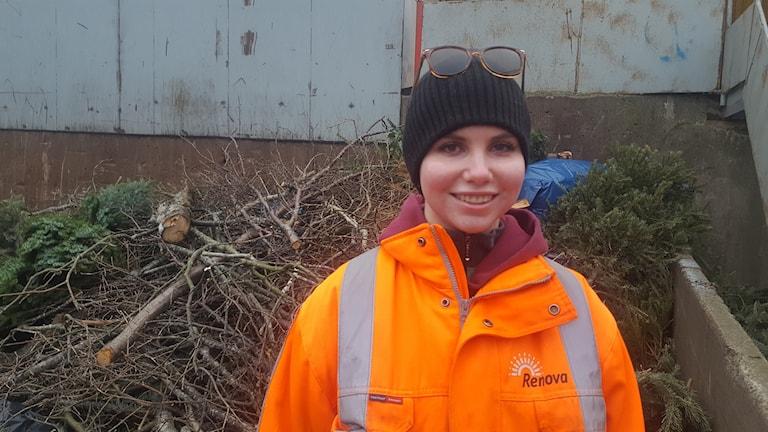 Maja Jansson miljötekniker på Högsbo återvinningscentral