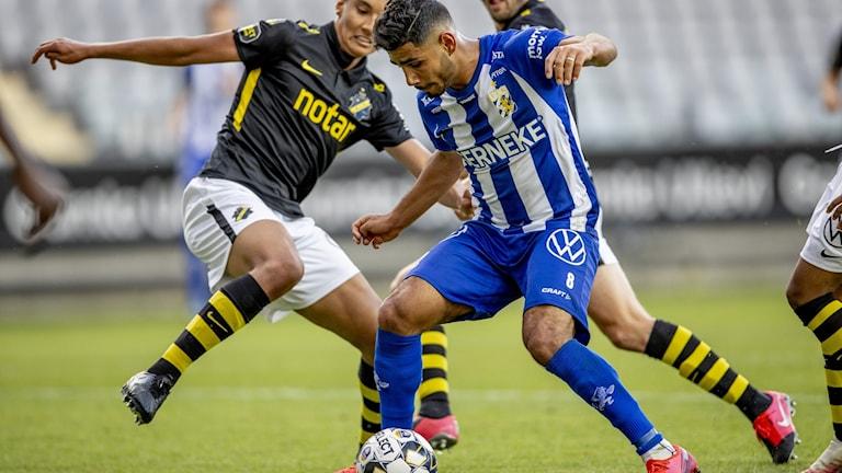 IFK och AIK spelar match.