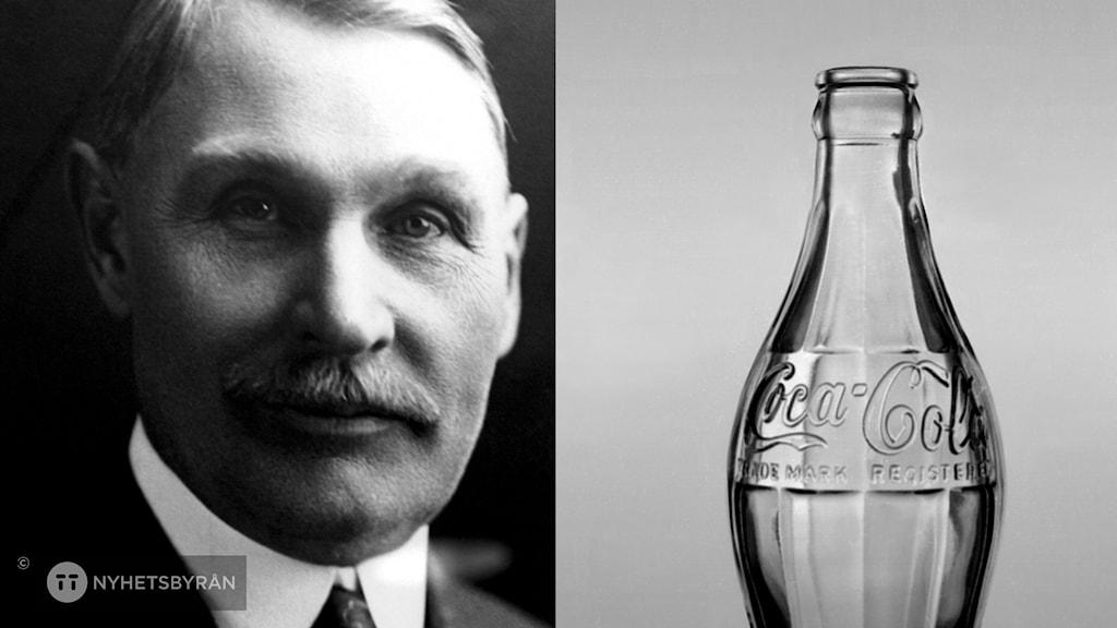 En man och till höger den klassiska cocacolaflaskan.