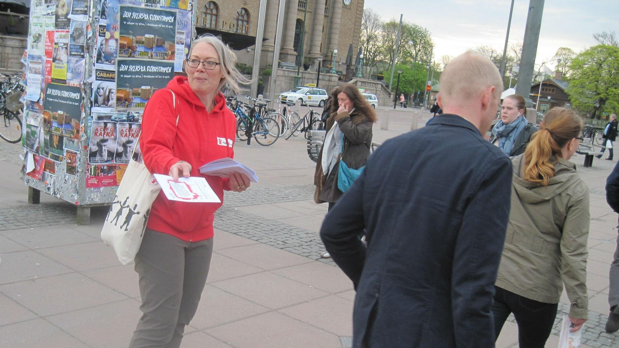 pengar ledsagare avsugning nära Göteborg