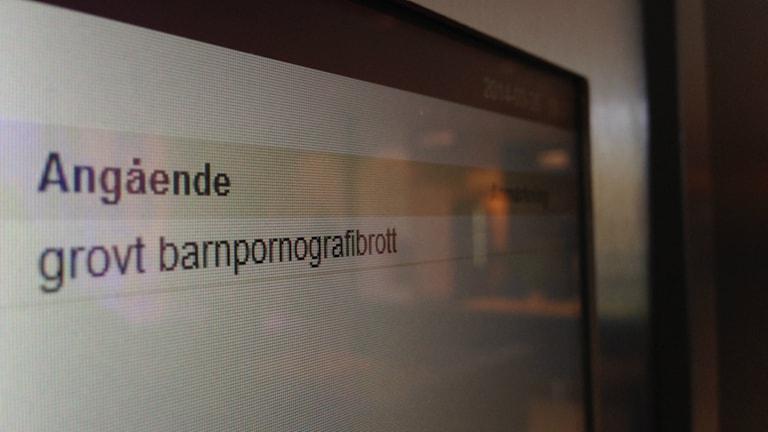 En skylt i Göteborgs tingsrätt visar målet Grovt barnpornografibrott