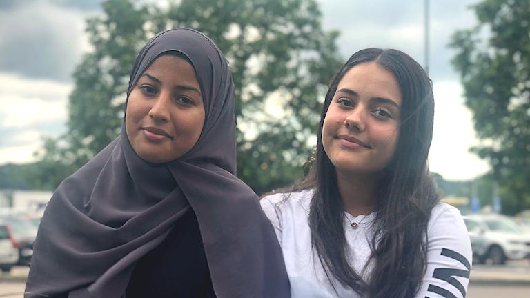 Två 16-åriga tjejer