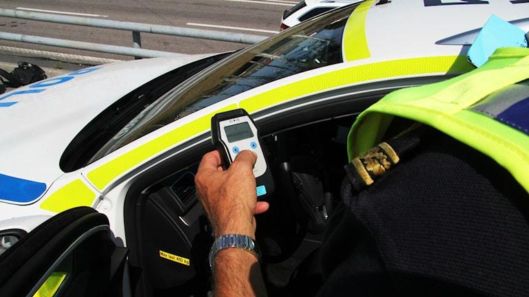 Polisen kontroll blåsa rattfull drograttfylla rattfylla