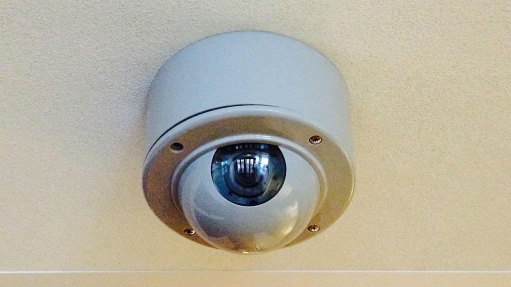 Det har blivit allt mer vanligt med övervakningskameror på arbetsplatser. Foto: Madeleine Blidberg