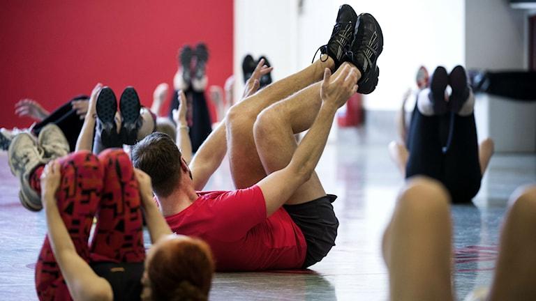 Gymnastik är bra mot mycket, bland annat mot artros. Foto: Pontus Lundahl / TT /