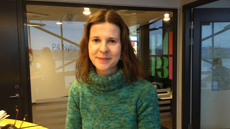 Uta Sailer, professor i psykologi vid Göteborgs Universitet, har forskat på beröring.