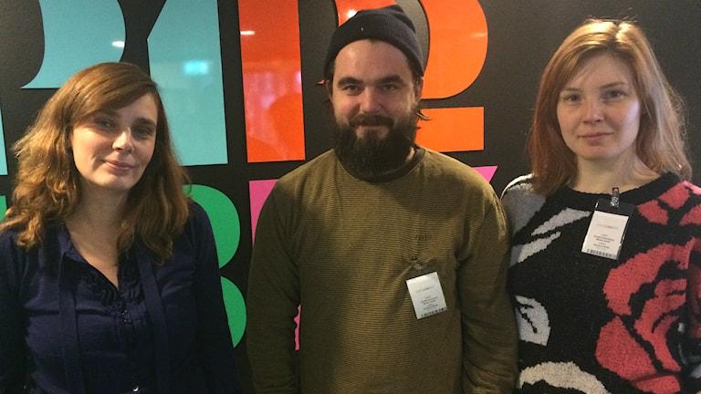 Anja Suša, Emelie Strömberg och Ulf Rönnerstrand från Backa teater.