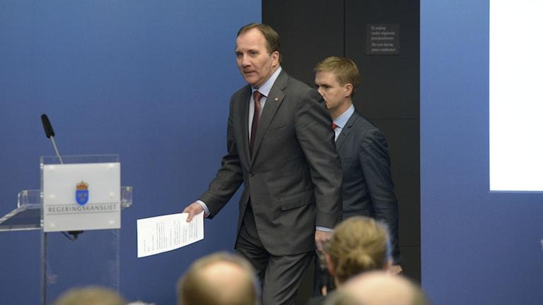 Stadsminister Stefan Löfven och Gustav Fridolin, miljöpartiet.  Foto: Janerik Henriksson/TT