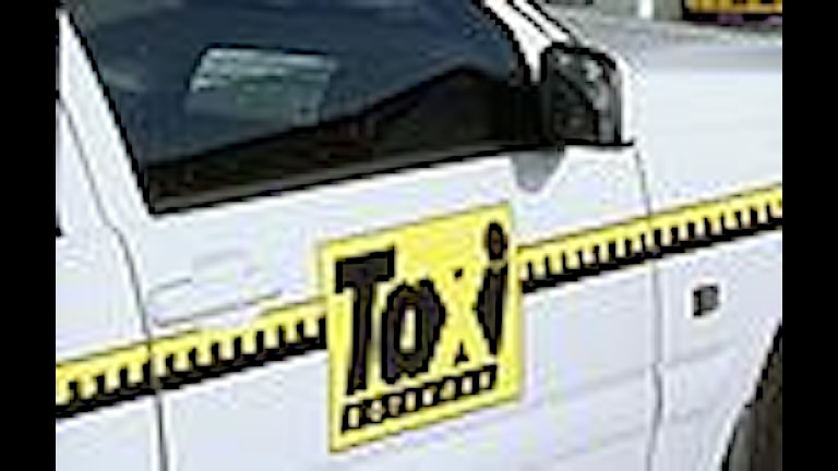 Taxi vill köra i kollektivtrafikfilerna.