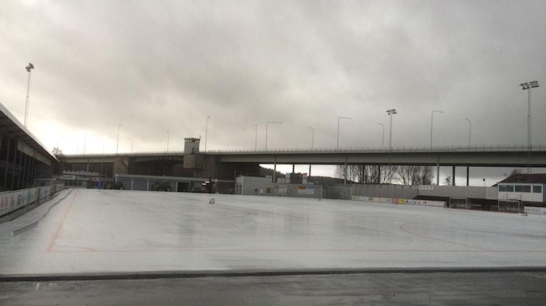 Skarpe Nord en regnig och gråmulen dag. Foto: Peter Stenberg/SR