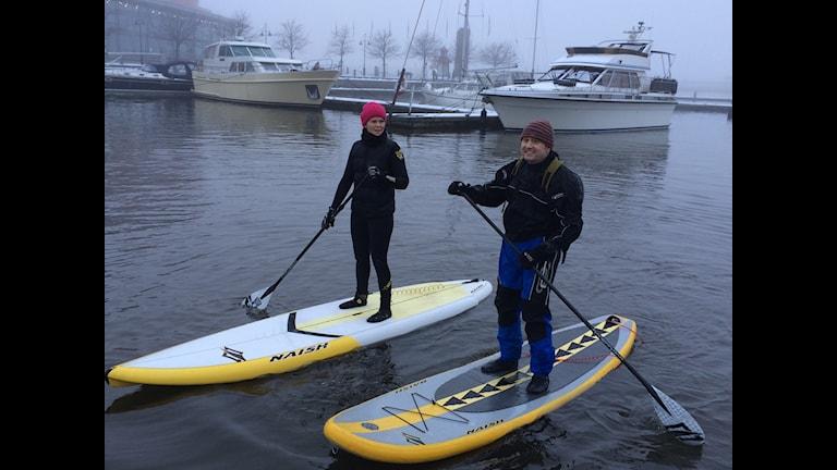 Jacqueline Östlund och Kent Zeron på sina bräder: Foto Hasse Andersson