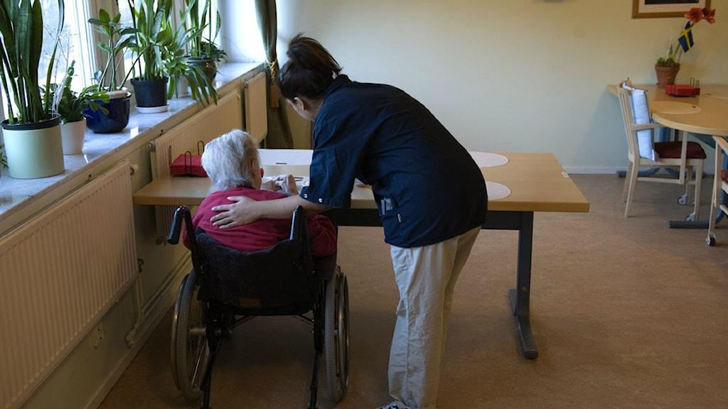 Sex timmars arbetsdag testas på ett äldreboende i Göteborg Foto: (arkivbild)
