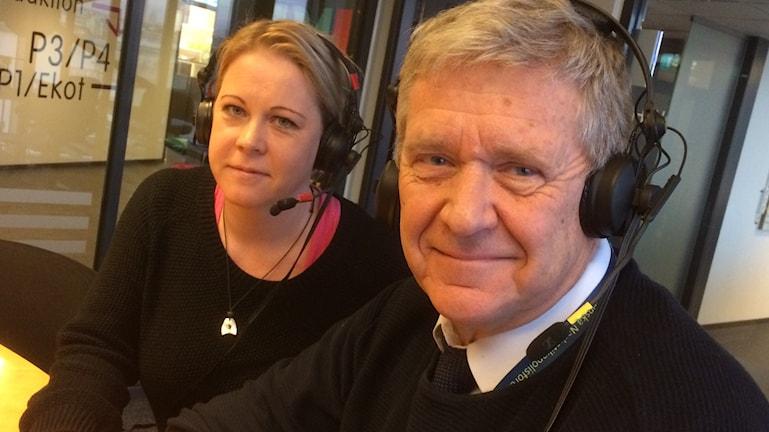 Sven Alhbin intervjuad av Linn Ohlsson i P4 Göteborg. Foto: Peter Stenberg/SR