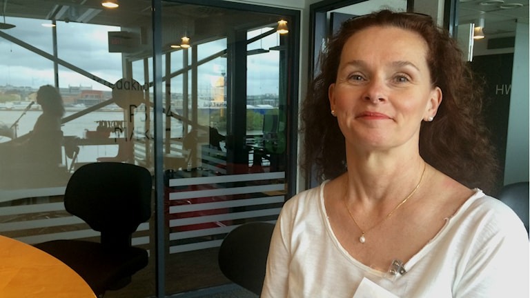 Judith Molnar pratar om relationer i Förmiddag i P4 Göteborg