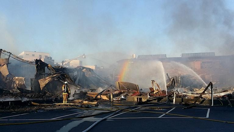 Resterna av branden Foto:Michael Verdicchio/SR
