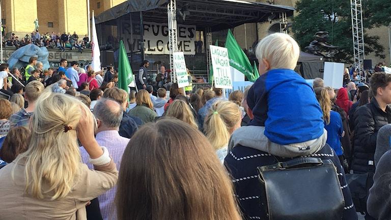 Manifestationen på Götaplatsen. Foto: Lina Persson/SR
