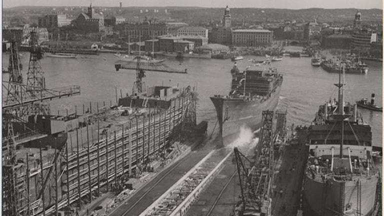 """Sjösättning av M.S. """"Guayana"""" vid Götaverken 1947. Foto Göteborgs stadsmuseum/Arkiv"""