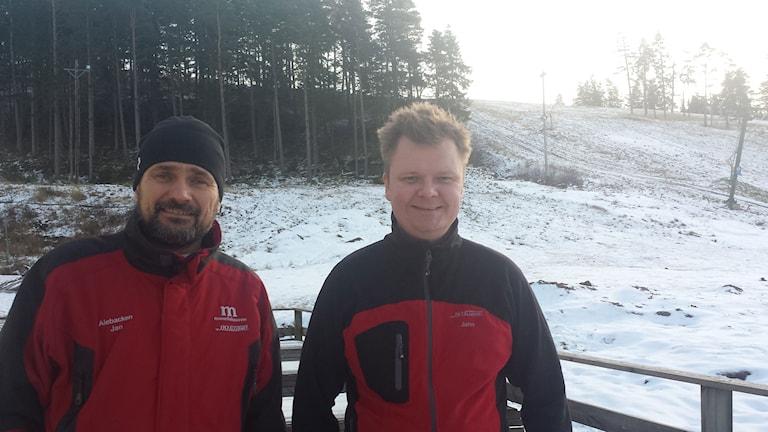 Jan Rodén och John Stjerna som snart ska testköra knappliften.
