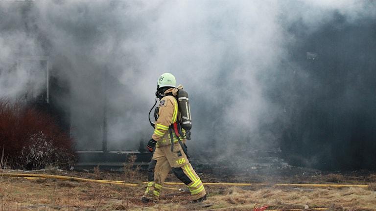 Brand i en lada i Torslanda.