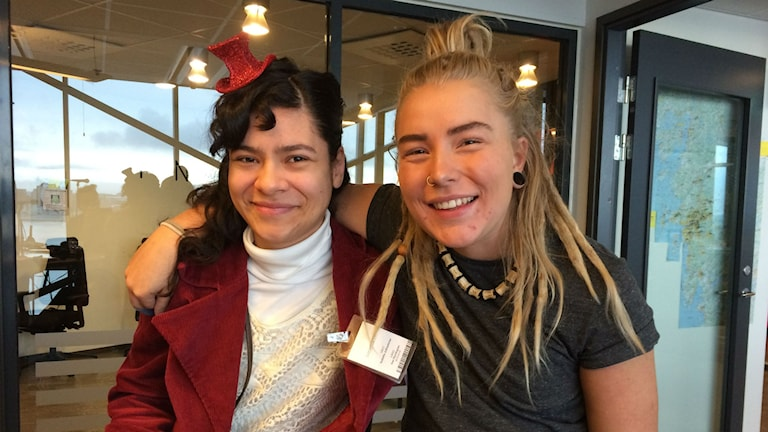 Isabella Juliosdotter och Hanna Nyberg, arrangörer av mensfestivalen på Arena 29.