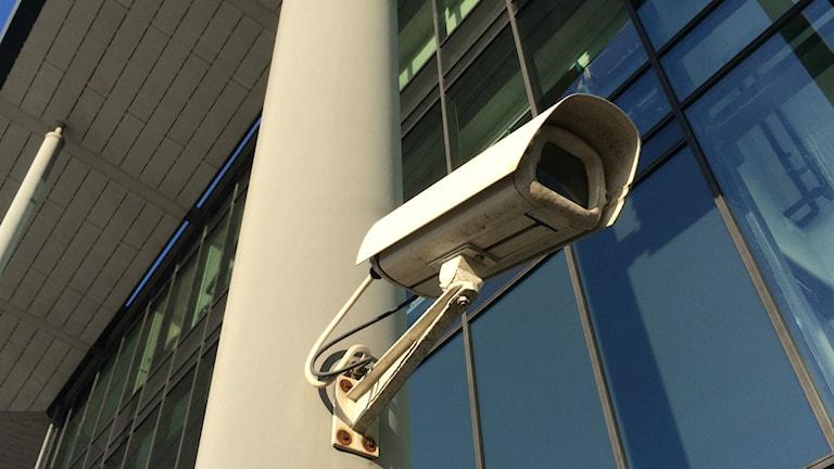 Polisen vill ha fler övervakningskameror men BRÅ:s rapporter är kritiska till effekten
