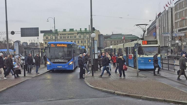 Buss och Spårvagn vid Nordstan