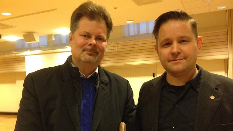 Axel Josefson M till vänster och Johannes Hulter S.