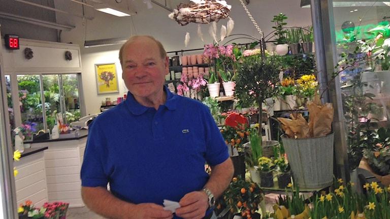 Kurt-Lennart Larsson äger blombutik Frölunda Torg