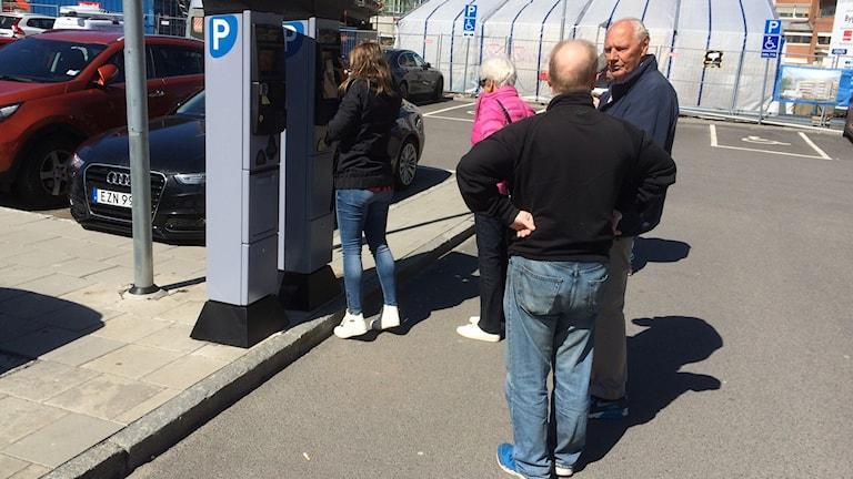 Köbildning vid parkeringsautomat