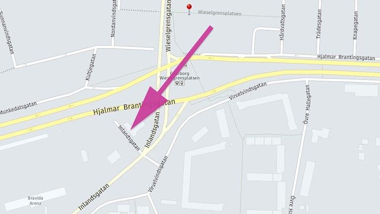 En karta och en pil som visar vart sjukhuset ska flyttas