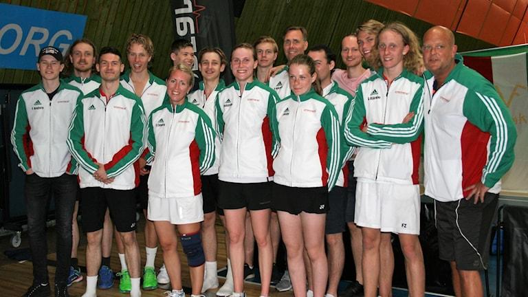 Västra Frölunda badmintonklubb  - hela laget på bild