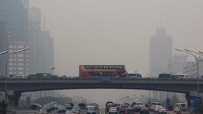 Mycket trafik och luftföroreningar i kIna