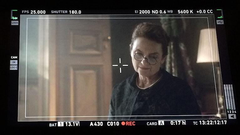 Kvinna med glasögon i närbild