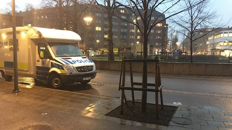 Odinsplatsen knivattack polisbil