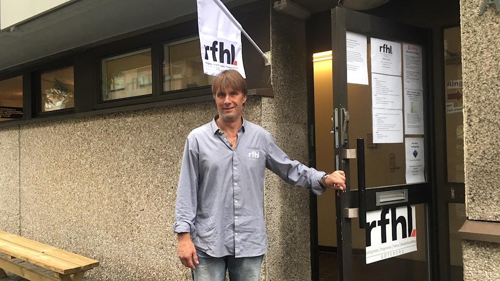 Per Fransson, Riksförbundet för hjälp åt läkemedels- och narkotikabrukare, på avdelningen i Göteborg.