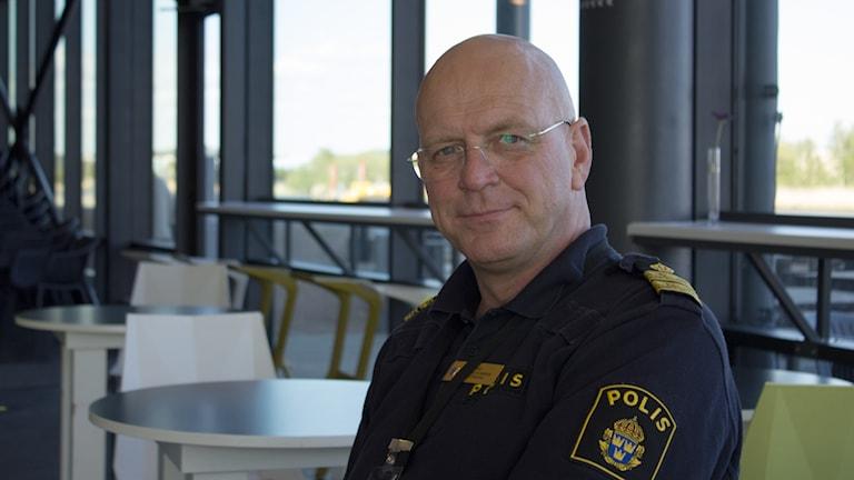 Erik Nord i receptionen på Kanalhuset.