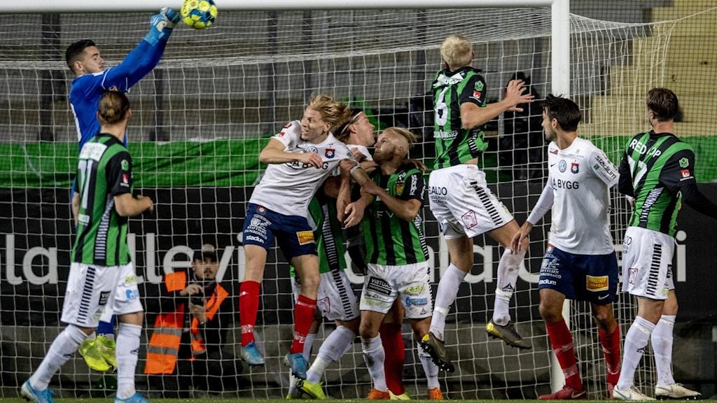 GÖTEBORG 20190924 Gais målvakt Marko Johansson under tisdagens fotbollsmatch i Superettan mellan GAIS och Örgryte IS FF på Gamla Ullevi.