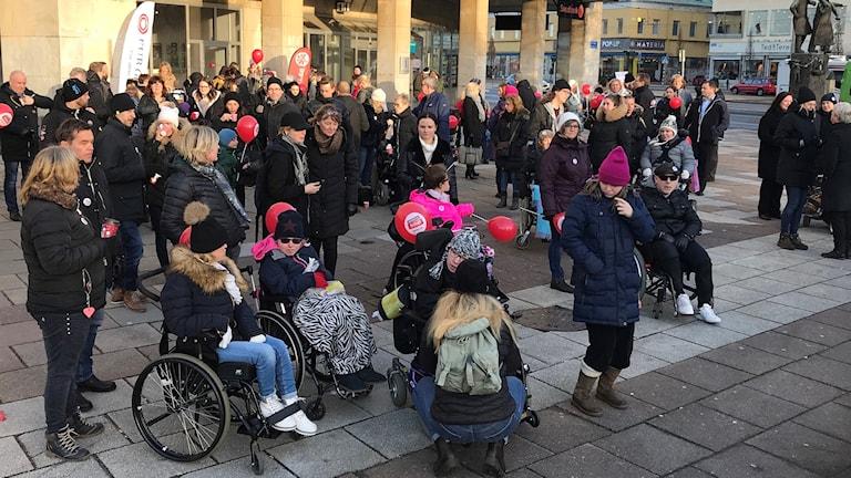 RBU manifesterar på Olof Palmes Plats i Göteborg