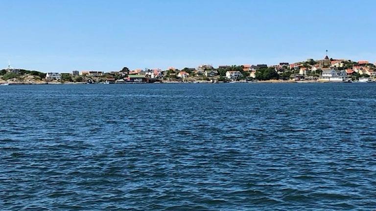 En bild på en ö på håll