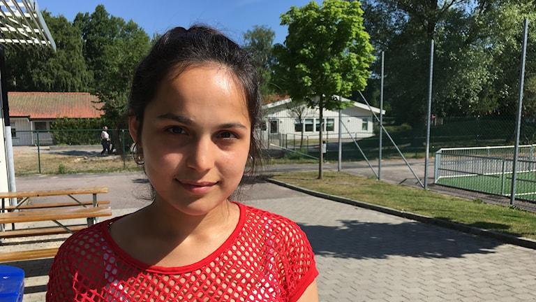 Maryam Nasrullah är nyanländ och har fått godkänt i alla ämnen, i vissa ännu mer än godkänt. Foto Josipa Kesic