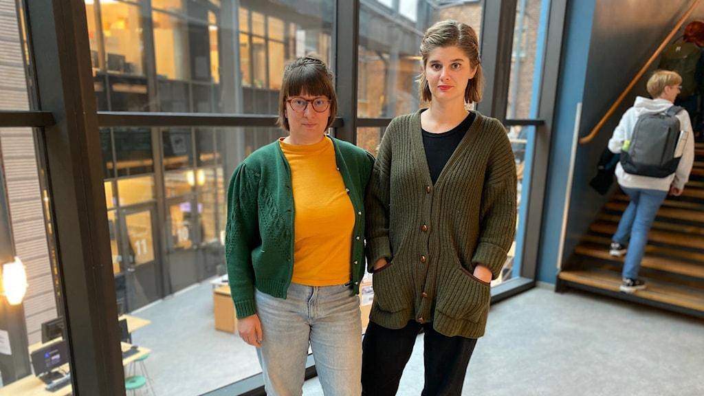 Barnmorskestudenterna Helena Tegnér och Gabrielle Baker.