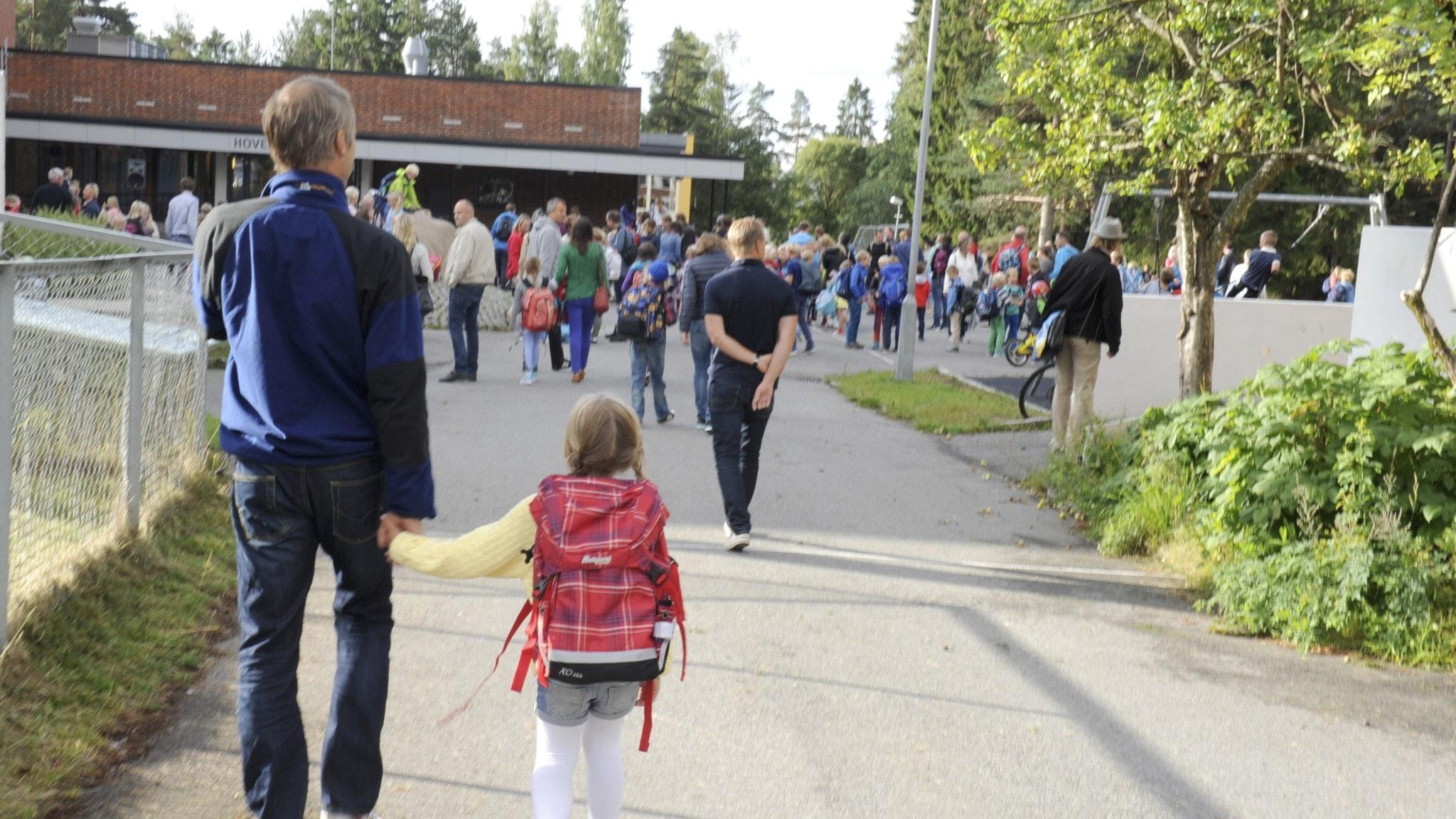 Skolplaceringen: Hotar att hålla barn hemma