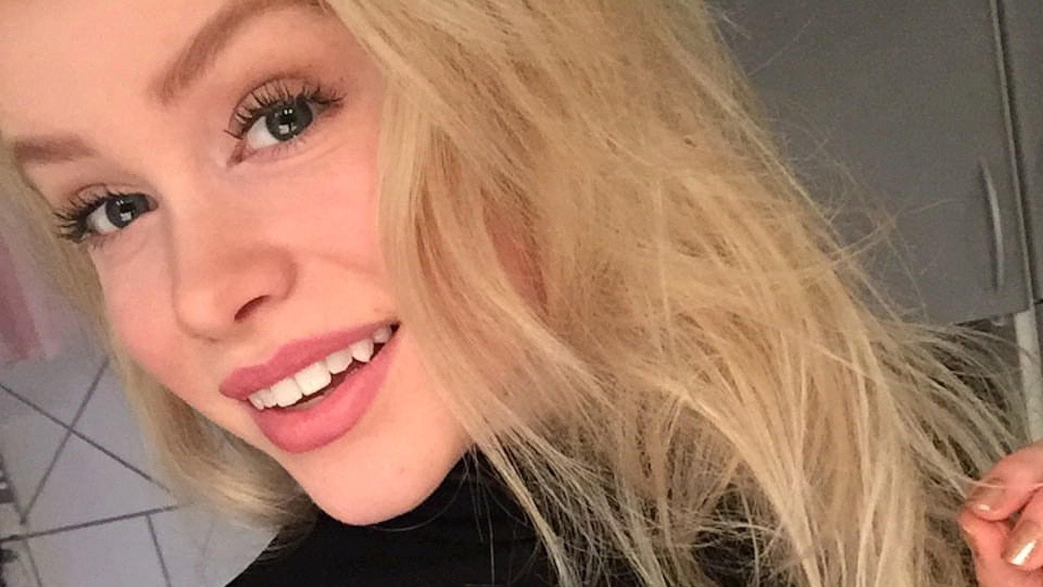 långt hår dating sida oskyddad i Göteborg